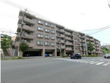 神奈川県横浜市 マンション大規模修繕工事(2018年12月完工)のサムネイル